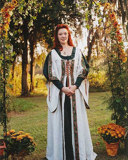 traditional celtic wedding gown