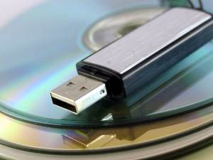 How to Open a Write Protected Flash Drive