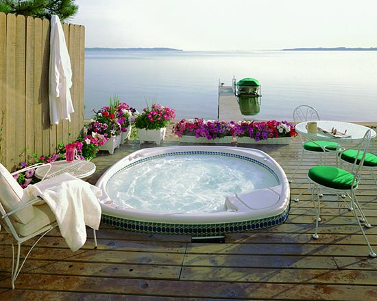 Ideas for Privacy Around Hot Tubs