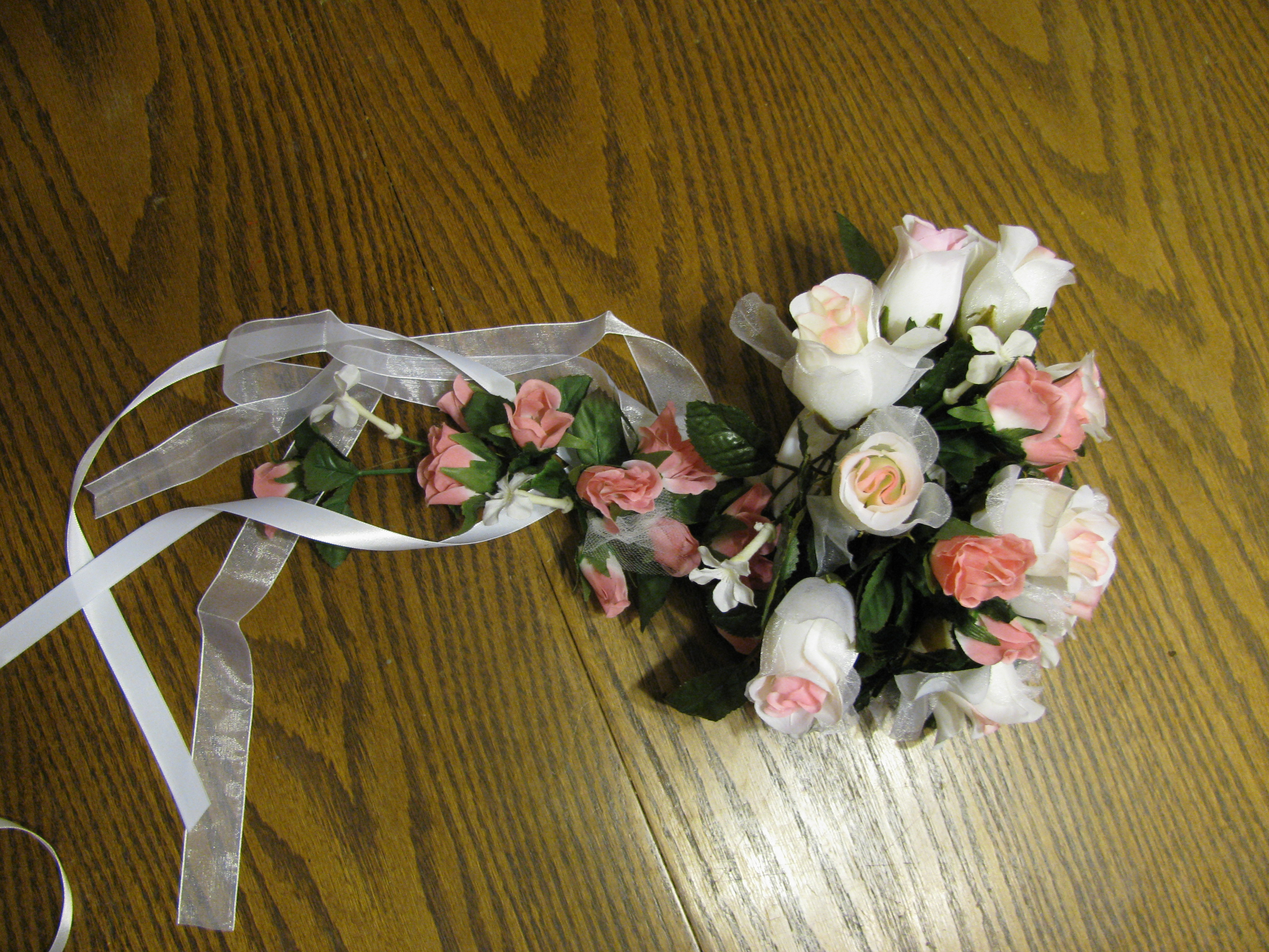 Outstanding how to make your own wedding bouquet with silk flowers make your own cascade bridal bouquet izmirmasajfo