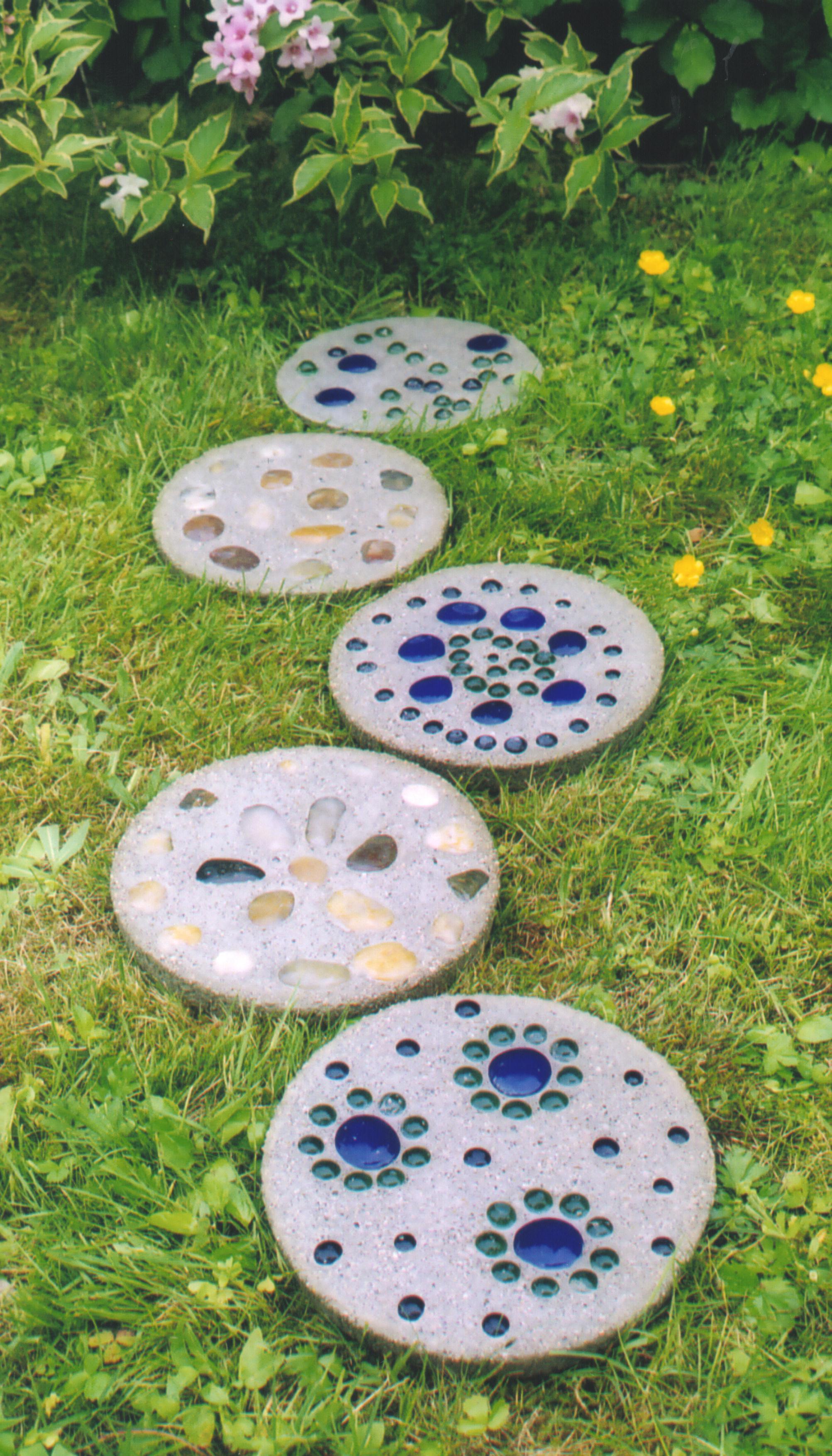 Decorative Garden Stepping Stones Uk - Garden Designs