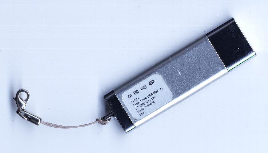 Make a USB Flash Drive Bootable