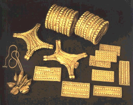Is Buying Gold a Smart Move? Where Can I Unload My Gold Jewelry?
