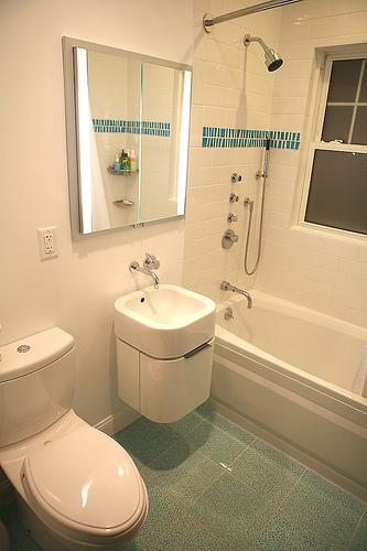 Quitar Azulejos Baño Sin Romperlos:Cómo colocar azulejos en el baño, para principiantes