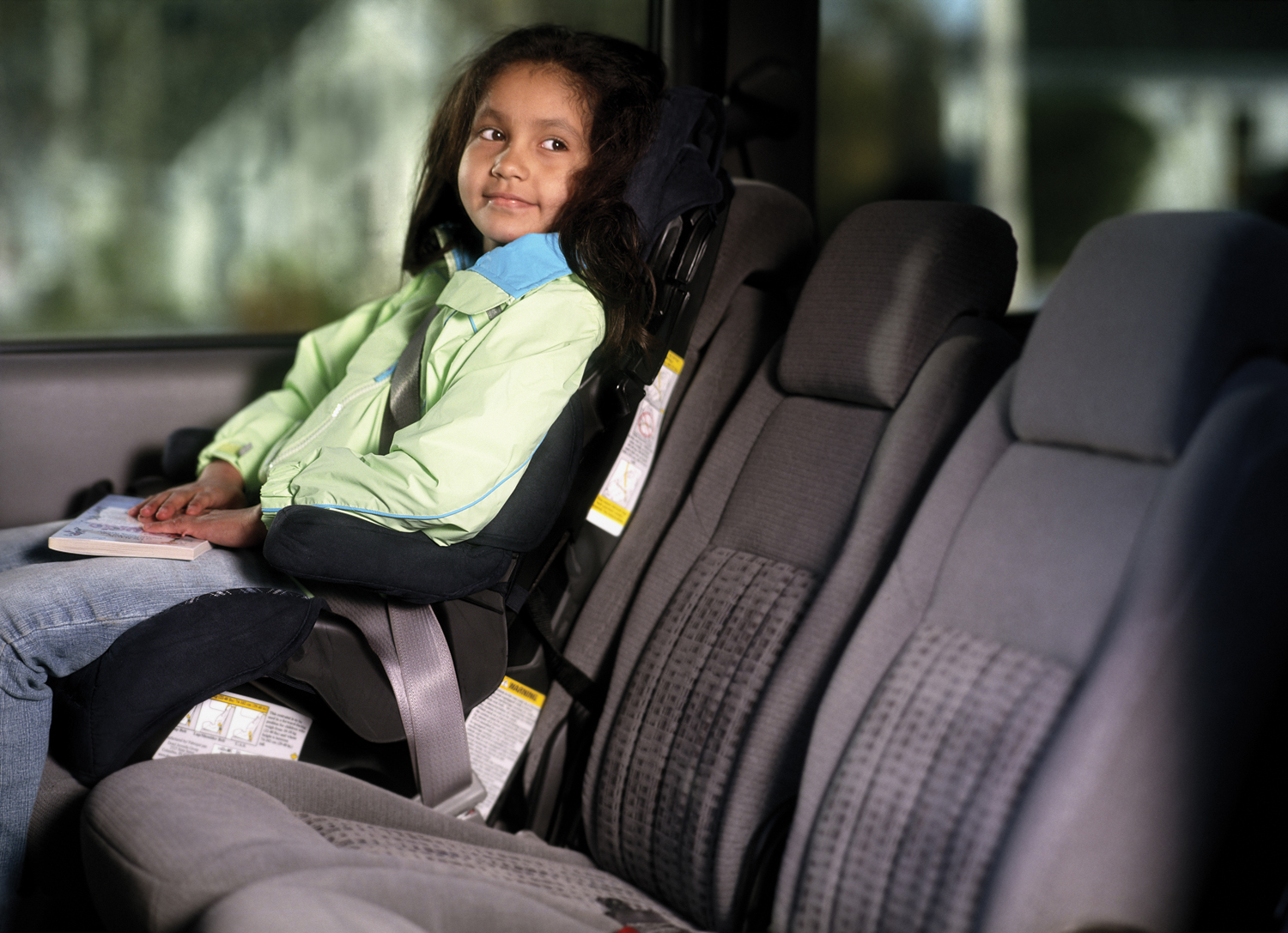 when can a child stop using a car seat ehow uk. Black Bedroom Furniture Sets. Home Design Ideas