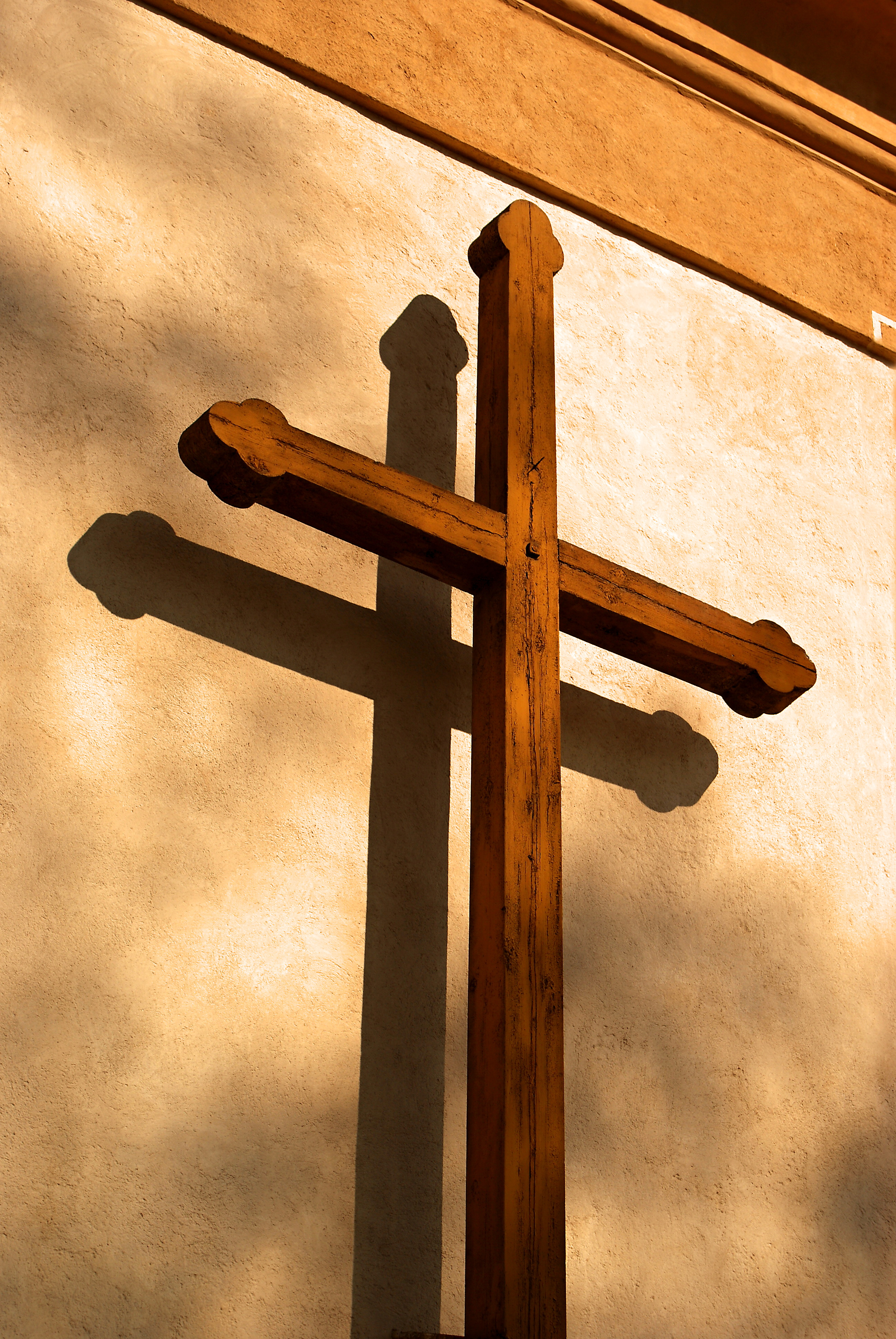 Craft ideas for wooden crosses ehow uk for Cheap wooden crosses for crafts