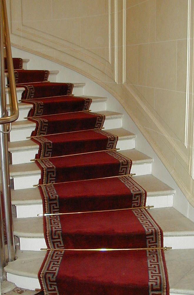 How to lay a stair runner : eHow UK