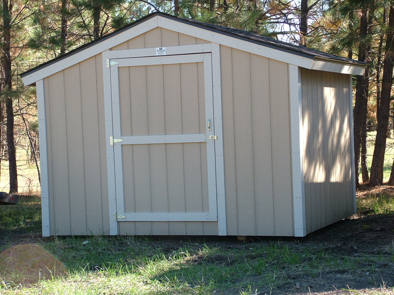 How to Build a Storage Shed Without a Foundation | eHow UK