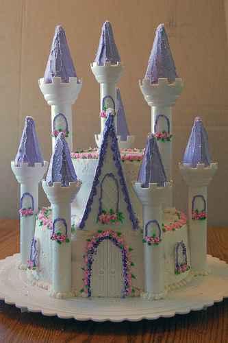 Cake castle decorating ideas eHow UK
