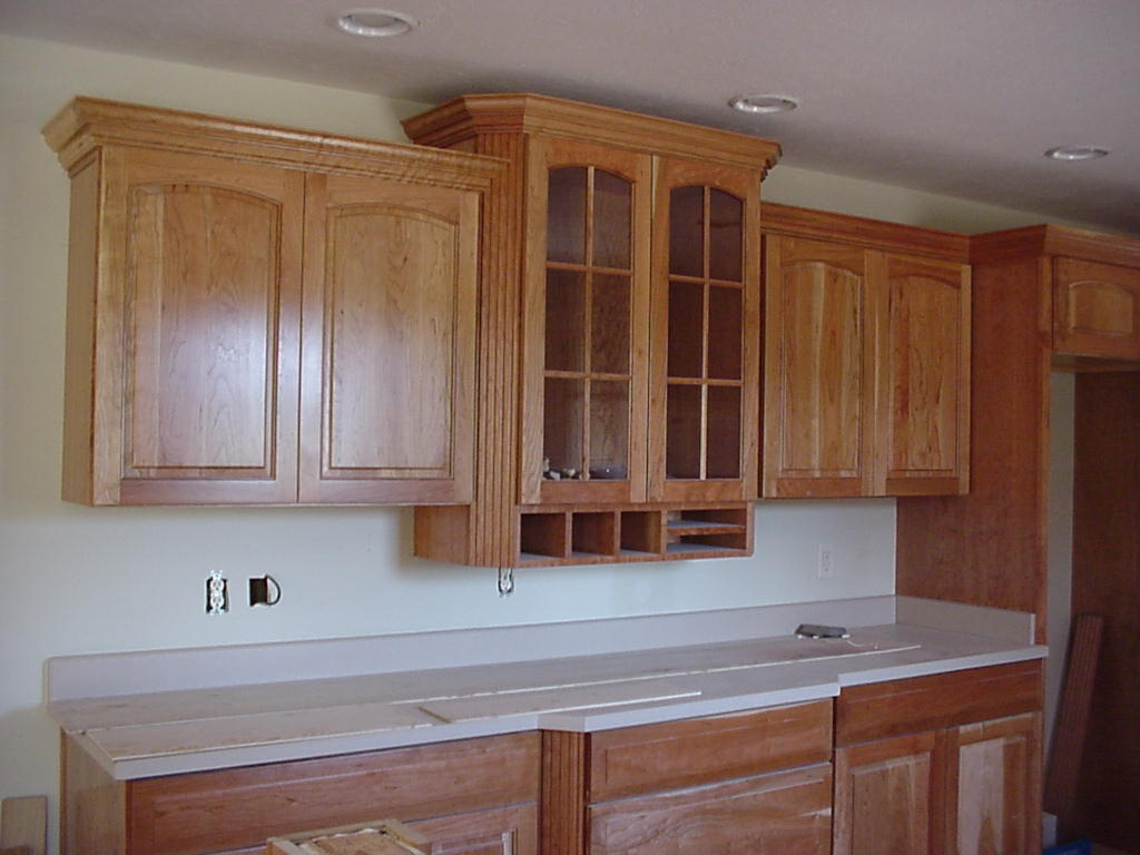 Kitchen cabinet crown molding designs - How To Cut Crown Molding For Kitchen Cabinets Ehow Uk