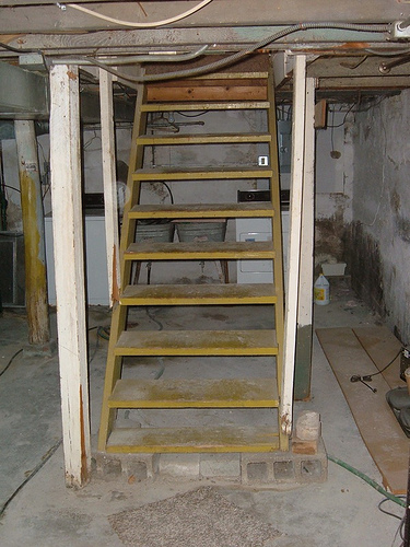 How to refinish basement stairs ehow uk for Finishing a basement step by step guide