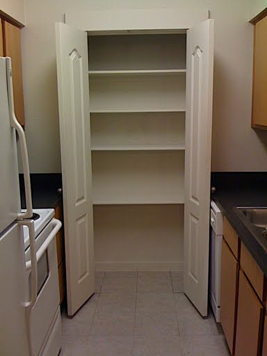 do it yourself pantry shelves ehow uk. Black Bedroom Furniture Sets. Home Design Ideas