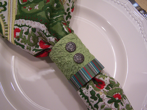 How to make napkin rings out of paper towel holders ehow uk