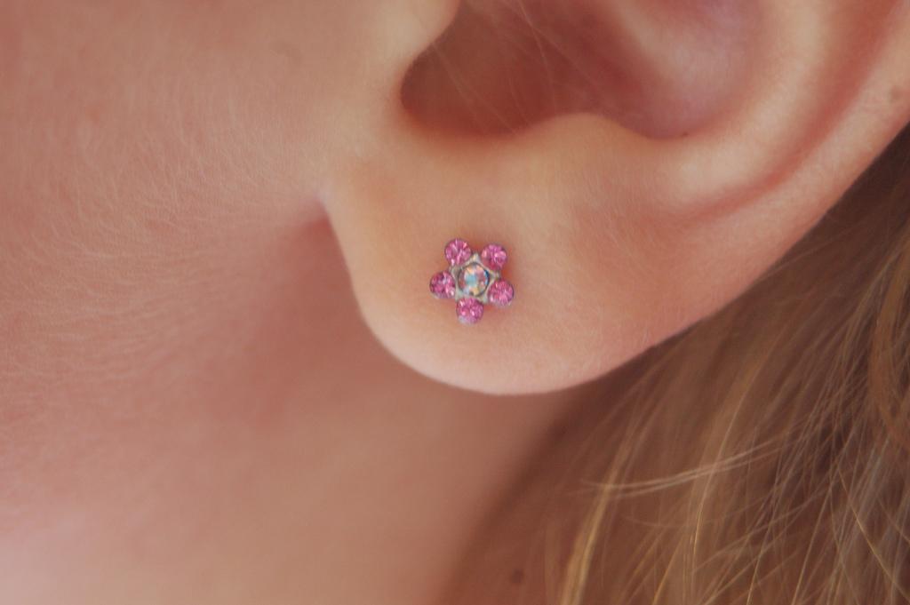 pierced ear problems ehow uk