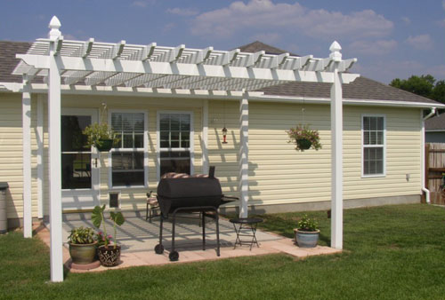 How to build a free standing patio cover ehow uk for How to build a freestanding patio cover