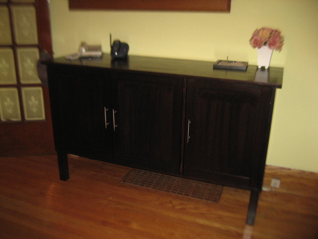 how build room side board table