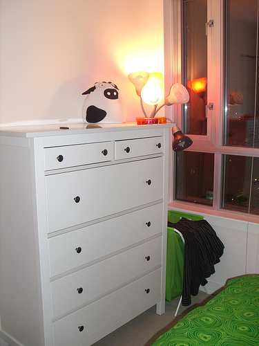 Ideas for a cow bedroom for a 5 year old ehow uk for Cow bedroom ideas