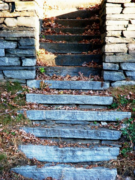 Building Stone Steps : How to build stone steps a front door ehow uk